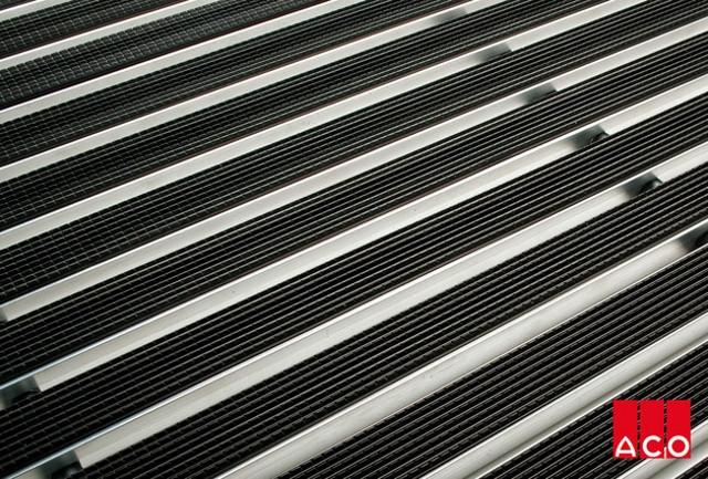 Решетка алюминиевая с резиновым покрытием